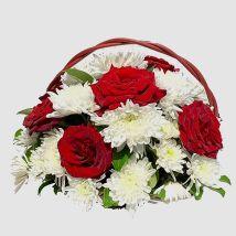 Blooming Flowers In Basket: Send Flowers to Egypt
