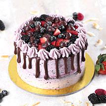 Delicious Chocolate Berry Cake Half Kg: