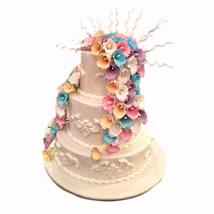 Bond of Faith: Wedding Cakes
