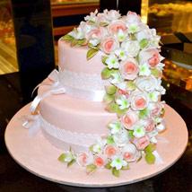 Charm of the Roses: Wedding Cake