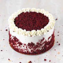 Creamy Red Velvet Cake: Cake Delivery in Al Ain