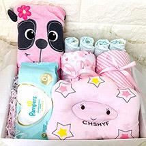 Cute Baby Gift Hamper: Newborn Baby Gift Ideas