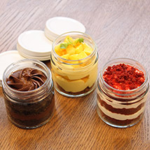 Delicious Jar Cakes Set of 3: Cake In a jar