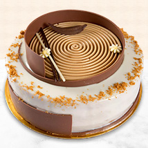 Heavenly Lotus Biscoff Cake: Cakes Delivery in Ras Al Khaimah