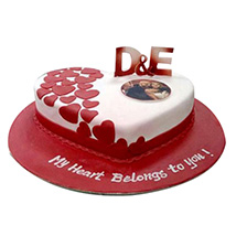 Little Hearts Cake: Designer Cakes for Anniversary