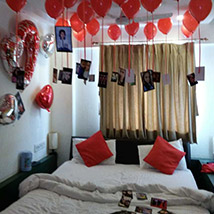 Personalised 25 Red Helium Balloons Decor: Personalised Gifts for Anniversary
