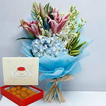 Pretty Flowers Bunch and Motichoor Laddoo Combo: Flowers With Sweets