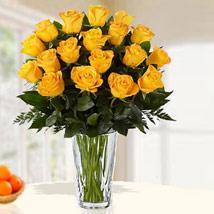 18 Yellow Roses Arrangement: Sorry Flowers