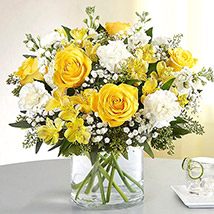 Yellow and White Mixed Flower Vase: Mixed Flowers