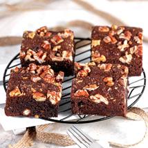 Gluten Free Chocolaty Walnut Brownies: Brownies