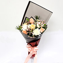 Symphonious Roses and Delistar Mixed Bouquet SG: Flower Delivery Singapore